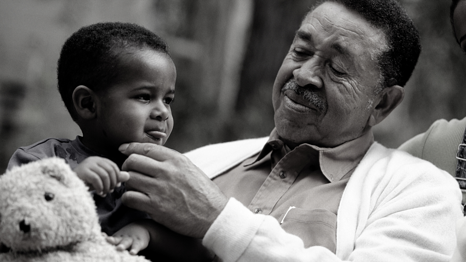 Healthy Aging: Multi-Generational Families and the Role of Grandparent Caregivers in 2020